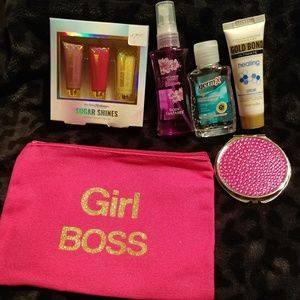 Other - NWT girl boss go kit